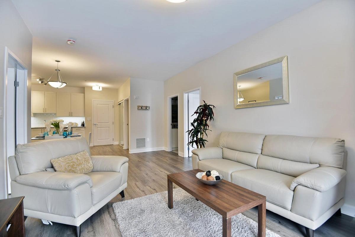 100 Stewart Blvd Unit 205-large-014-016-Living Room-1500x1000-72dpi